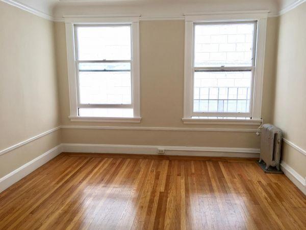 1633 California Street #106 - Studio Apartment with Tons of Closet Space
