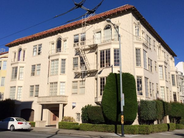 1900 Jefferson Street #201 - Huge & Bright Unit in Prime Marina Location