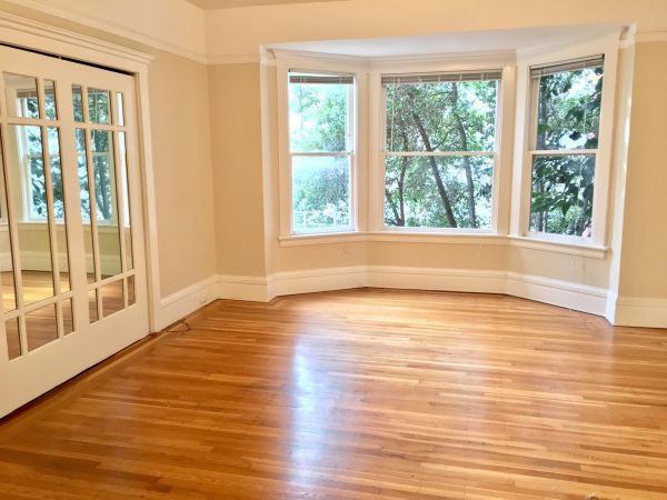 845 Hyde Street, #10 - One Bedroom Apartment with Hardwood Floors