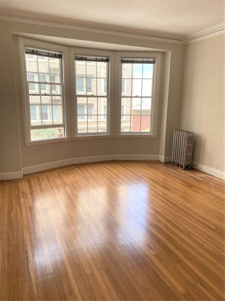 1835 Clay Street #202 - Huge One Bedroom Apartment in Pacific Heights