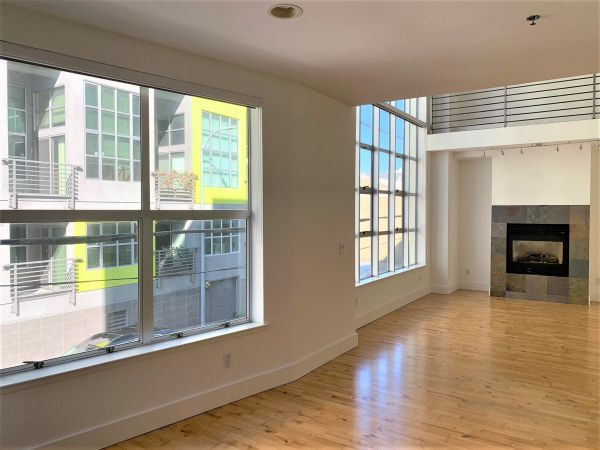 128 Morris Street, #7 - Bright and Spacious Tri-Level/2bdrm Loft