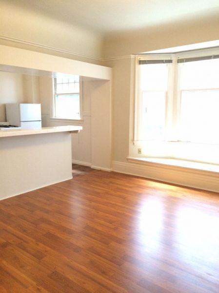 1600 California Street #26 - Updated Studio Apartment